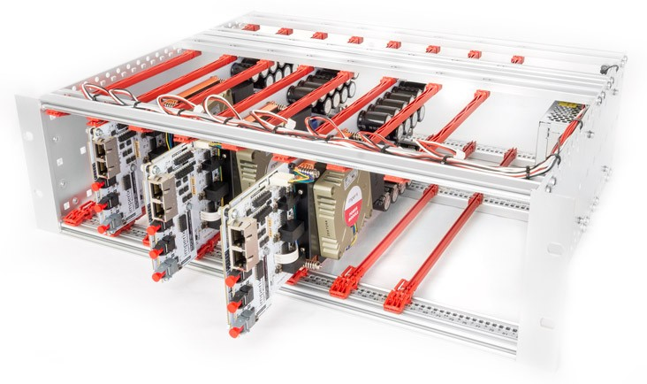 19'' rack-mountable chassis with 3 PEB8024 SiC phase-leg power modules forming a three-phase silicon carbide inverter.